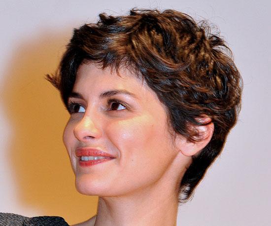 Короткие причёски женские фото если волосы вьются