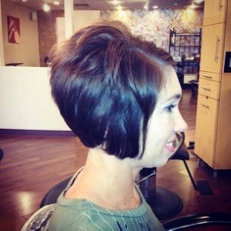 16 Short Stacked Haircuts Learn Haircuts