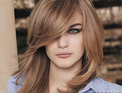 8 Medium Haircuts for Round Faces