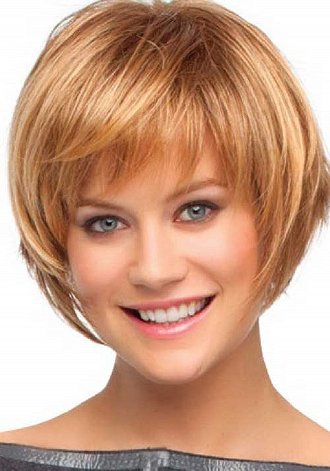 Short haircut with bangs and layers