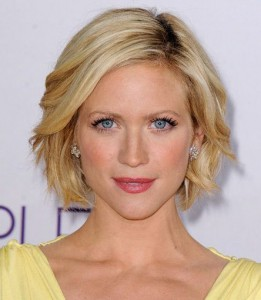Short Medium Haircuts for Women