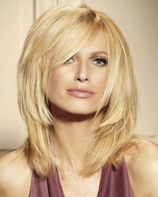 14 Shoulder Length Layered Haircuts | Learn Haircuts