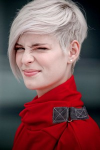 Womens Short Haircuts With Bangs
